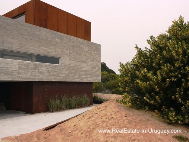 Modern Beach Home in Arenas Jose Ignacio