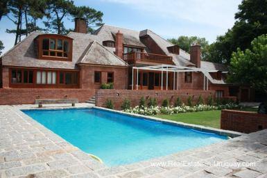 Traditional Villa with Modern Upgrades in El Golf Area of Punta del Este
