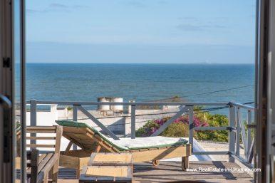 Beach Home with Sea Views in La Barra