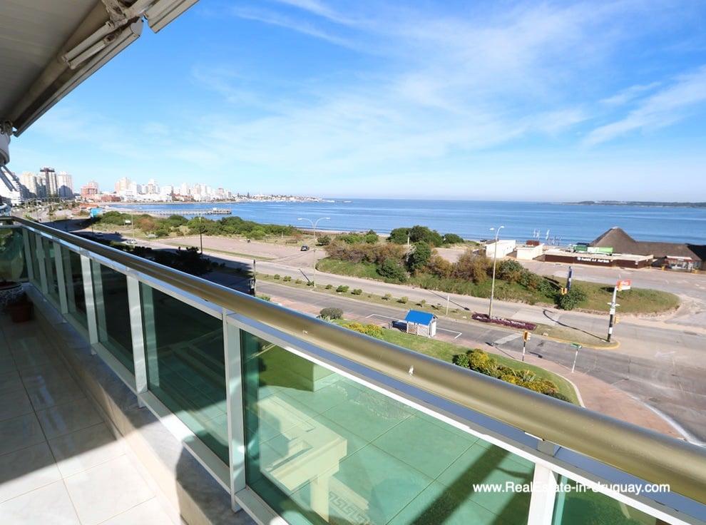 Views Apartment on the Mansa Beach in Punta del Este
