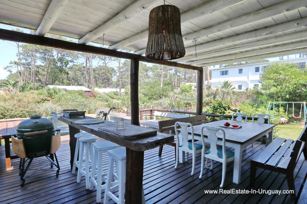 Terrace of Modern Home in the Montoya Area by La Barra