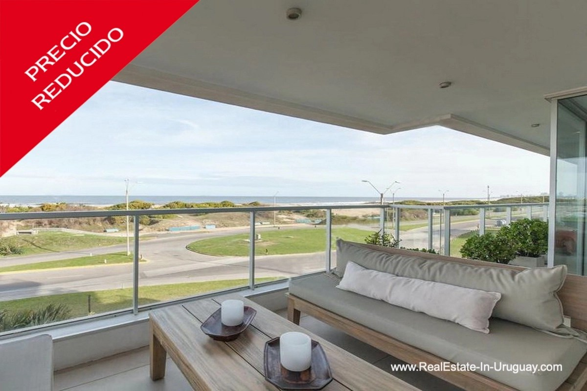 Terrace of Apartment opposite the Ocean in Punta del Este