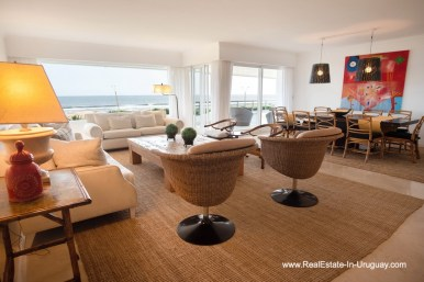Living of Spacious Apartment on the Brava in Punta del Este