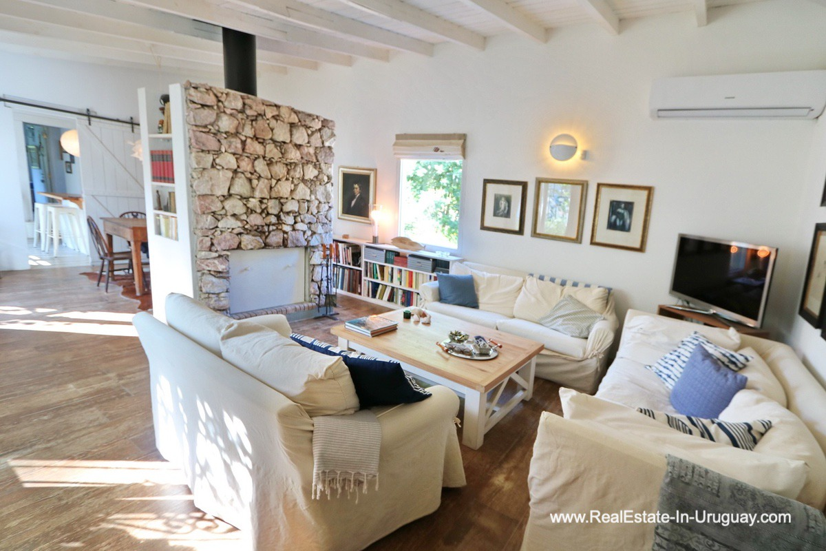 Living Area of Cozy House in Rincon del Indio by Punta del Este