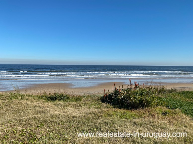 Beach of Large Oceanfront Villa in Punta Ballena