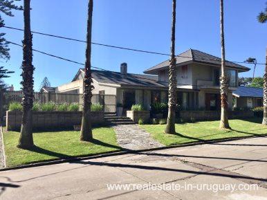 6707 Spacious Family Home on the Mansa in Punta del Este - House