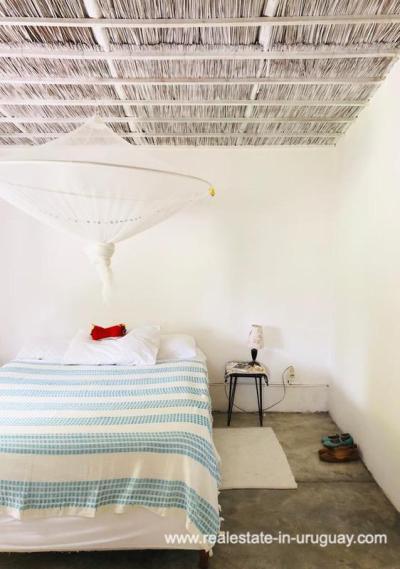 Cute Little House in Trendy Gourmet Town Garzon - Master bedroom