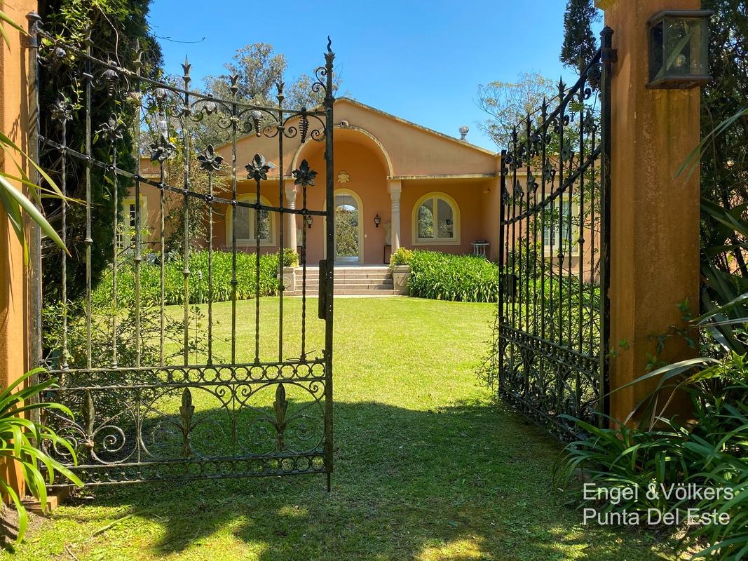 Entrance of Villa in EL Golf Punta del Este
