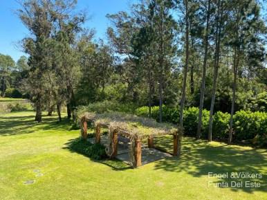 4925 Italian Villa in EL Golf Punta del Este - Garden and BBQ
