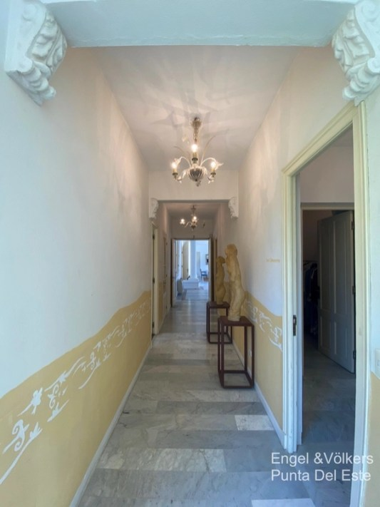4925 Italian Villa in EL Golf Punta del Este - Hallway