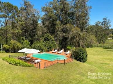 4925 Italian Villa in EL Golf Punta del Este - Pool