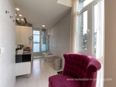6854 Modern House on Laguna del Sauce - Bathroom6
