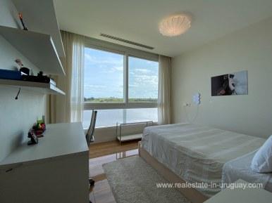 6854 Modern House on Laguna del Sauce - Bedroom2