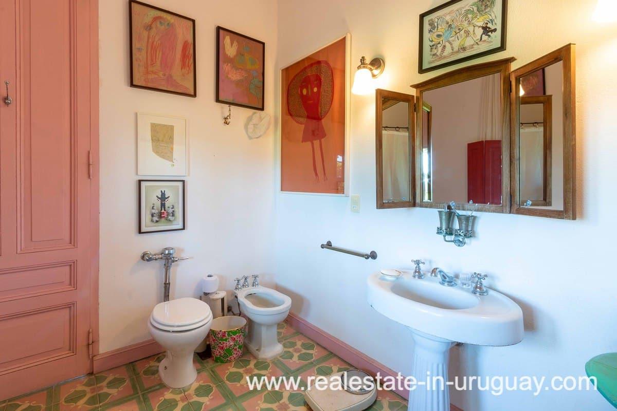 Bathroom of Estancia near La Pedrera