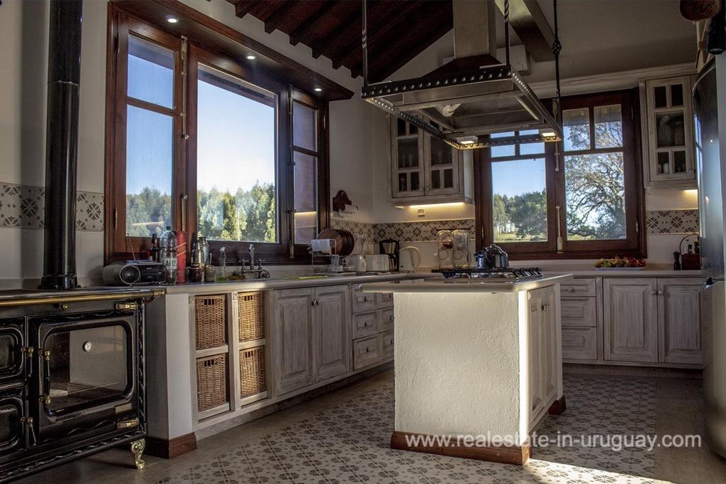Kitchen of Amazing Country Property between Pueblo Eden and Minas