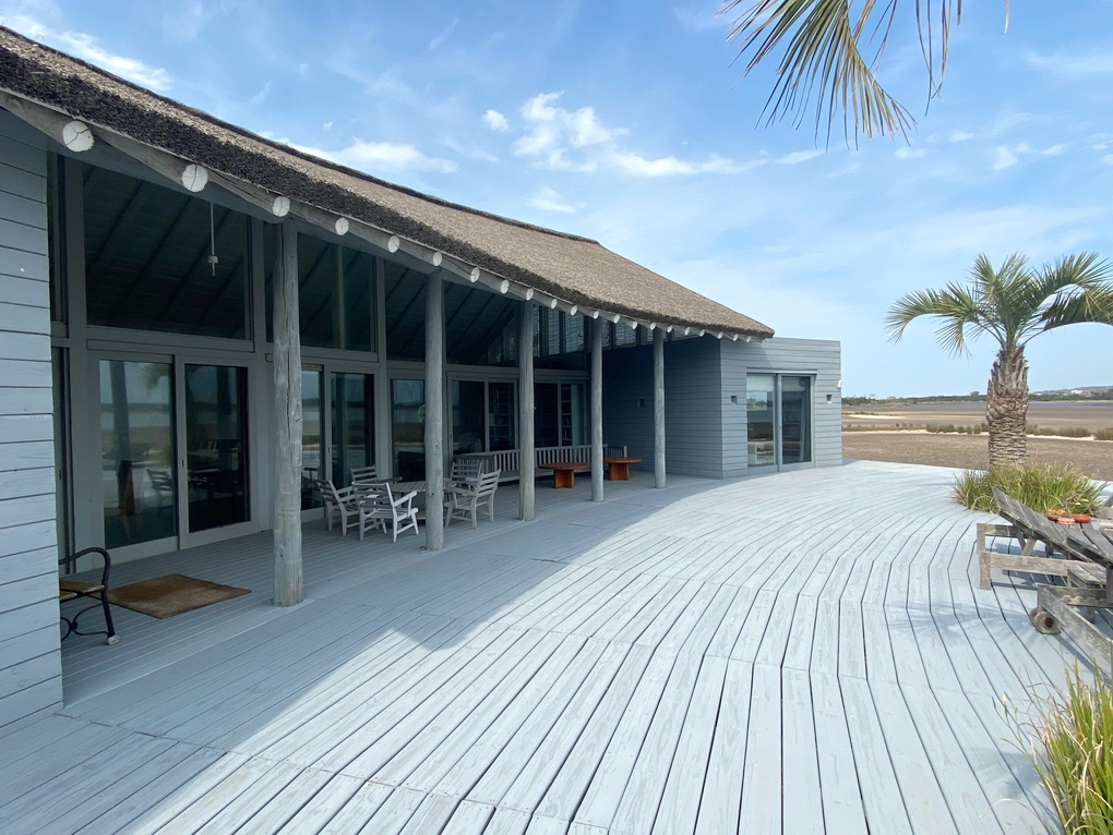 Deck Mario Connio House on the Lagoon near Jose Ignacio