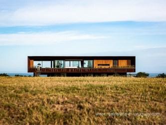Spectacular Designer House in Las Garzas