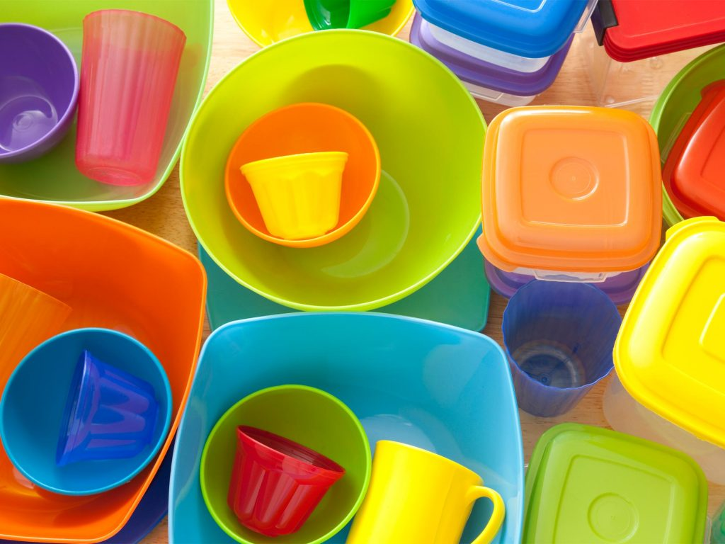 4 Easy Ways To Organise Your Tupperware And Food Storage