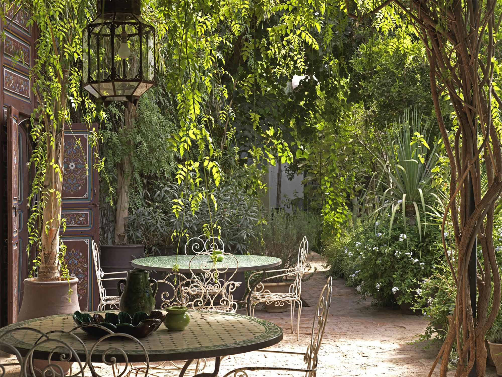 Design Your Own Courtyard Garden