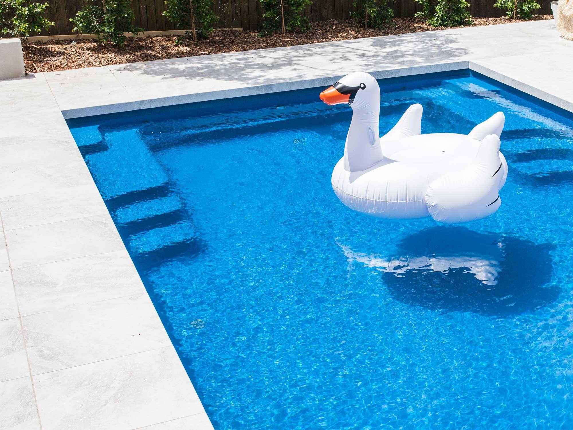 fibreglass vs concrete pools what you