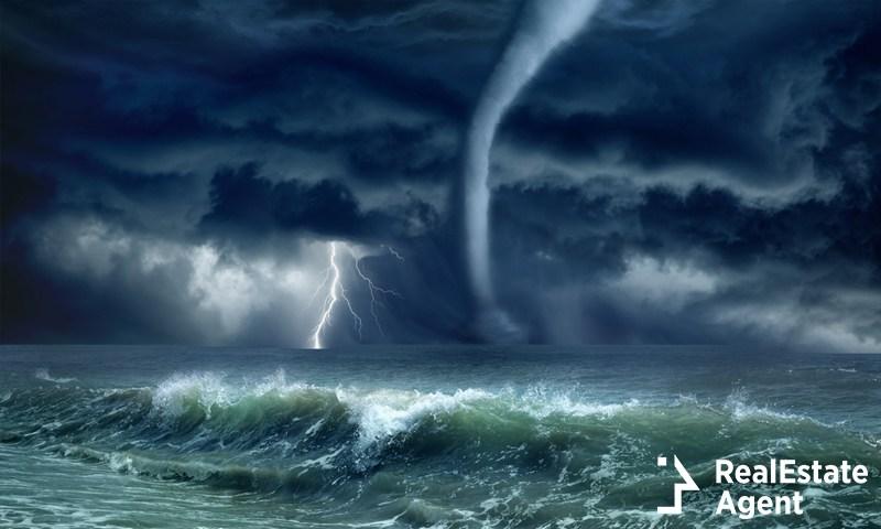 Hurricane vs. Tornado