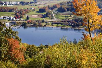 waterfront properties around Deep Creek Lake