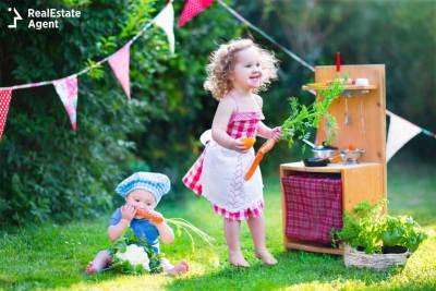 childproofing the backyard