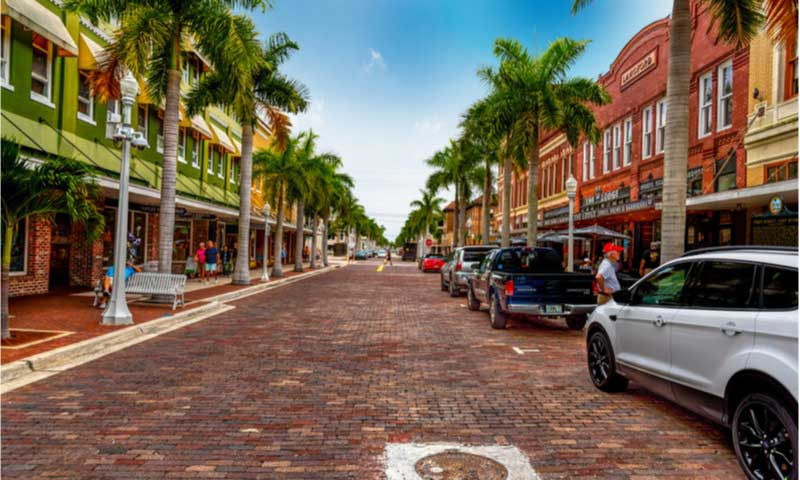 beautiful street in florida usa