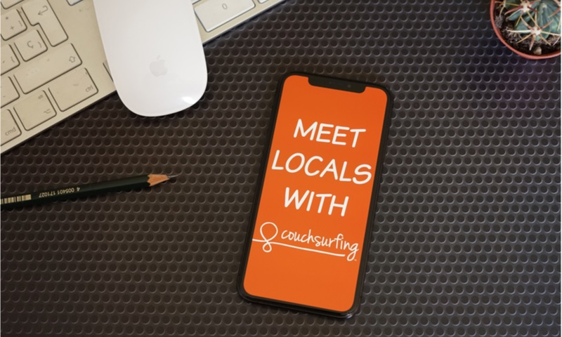 meet locals with couchsurfing