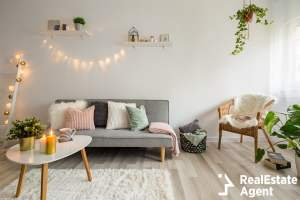 soffa coffee table and wicker chair