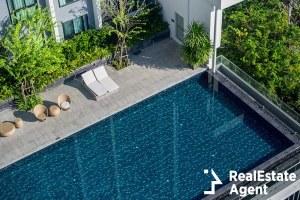 pool condominium