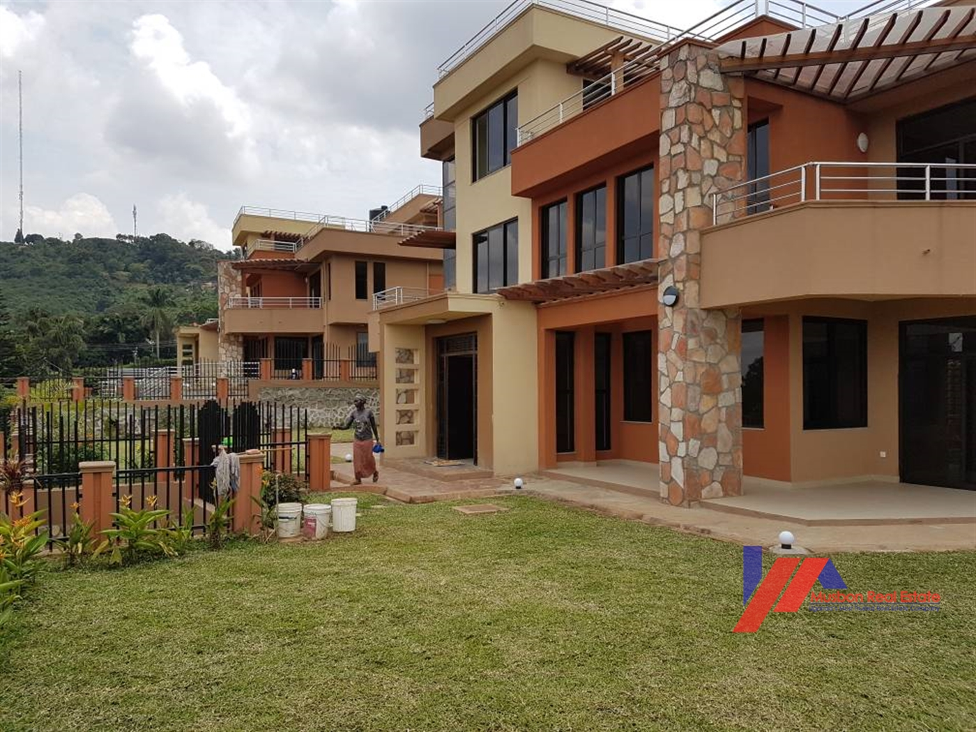 6 Bedroom Mansion For Sale In Munyonyo Kampala Uganda Code 33572 14 10 2020