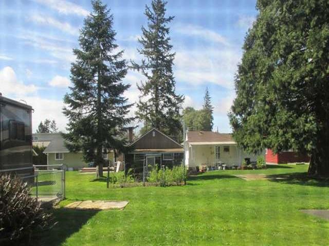 561-644875 – backyard from kitchen sunroom-640