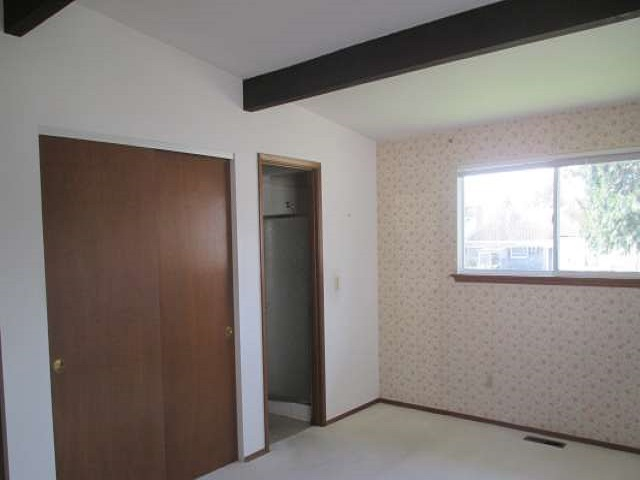 561-644875 – master bedroom 01-640
