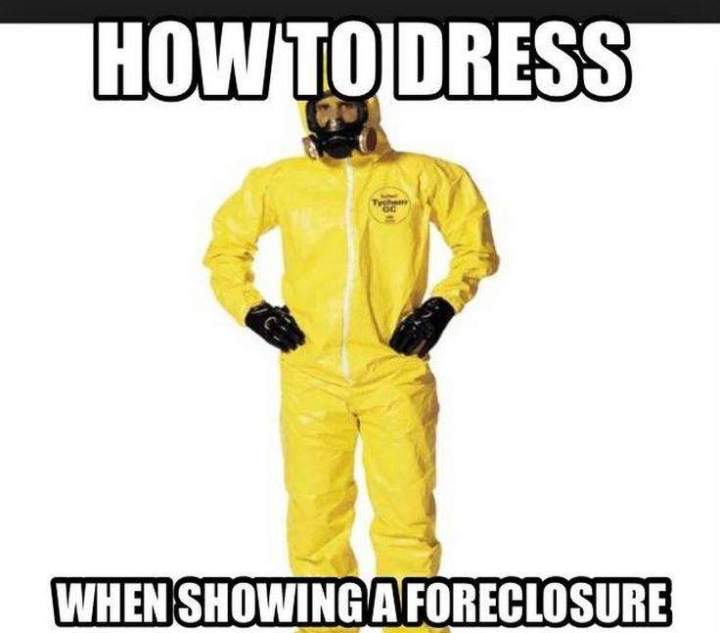 real-estate-meme-how-to-dress-when-showing-a-foreclosure