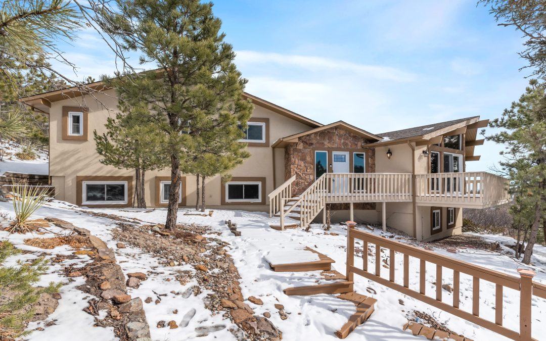 Gorgeous Mountain Oasis – Home for Sale