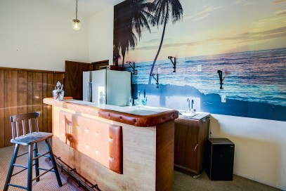 bar Mariner's Cove Multi-Level View Home