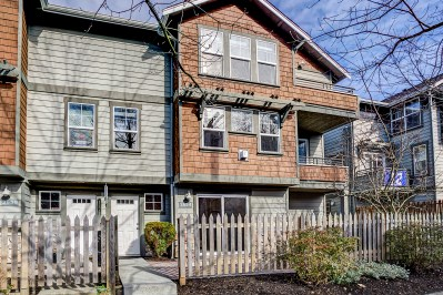 house-front4 Laurie Way Announces | Ballard Townhome | 2654 NW 56th St