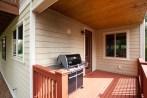 house-bbq-deck