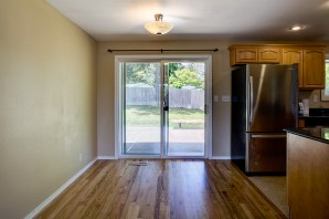 dining-2 Laurie Way Announces | Des Moines Multi-Level Home with Large Yard!