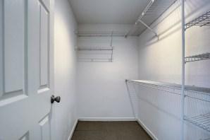 bedrm-closet-master Laurie Announces | Everett Tri-Level | 6 109th Place SE