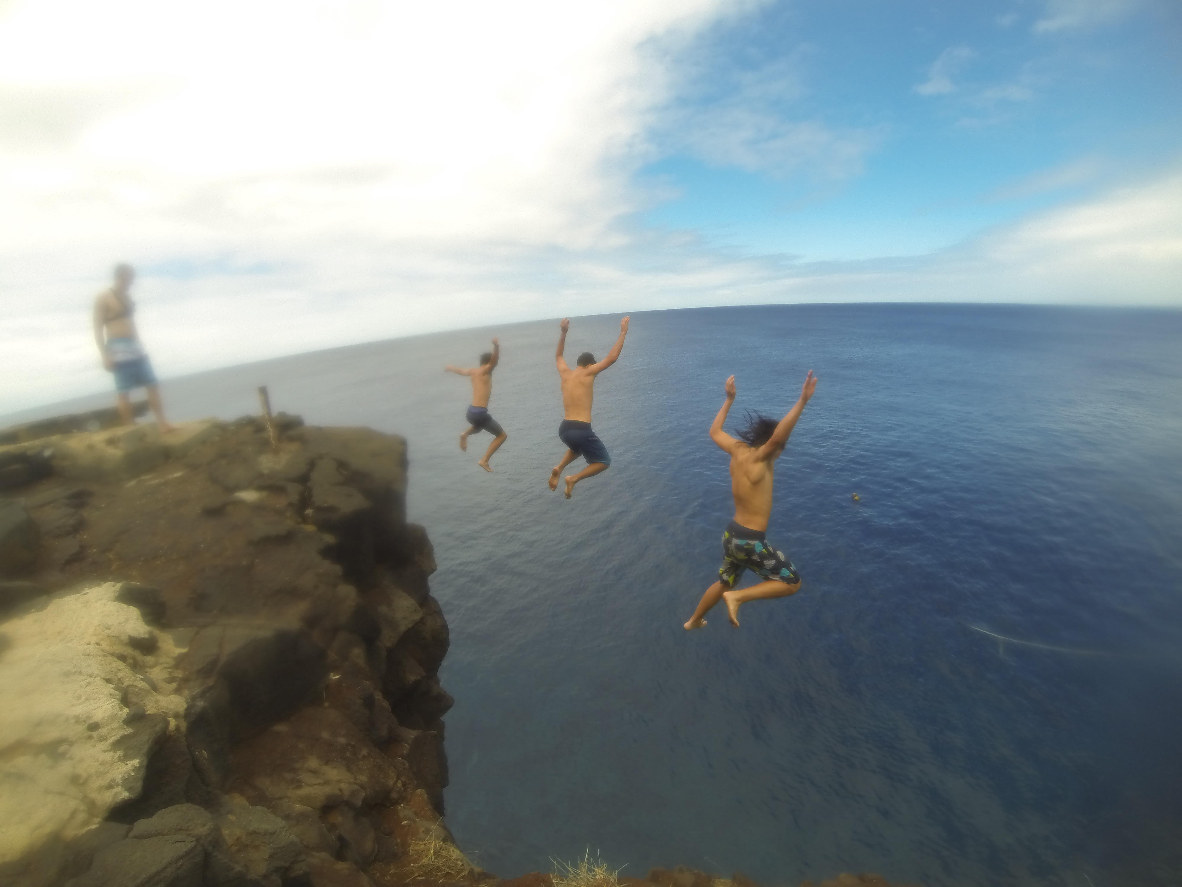 Cliff Jumping At South Point Ka Lae Hawaii Realest Nature - 8 most dangerous cliff jumps in the world