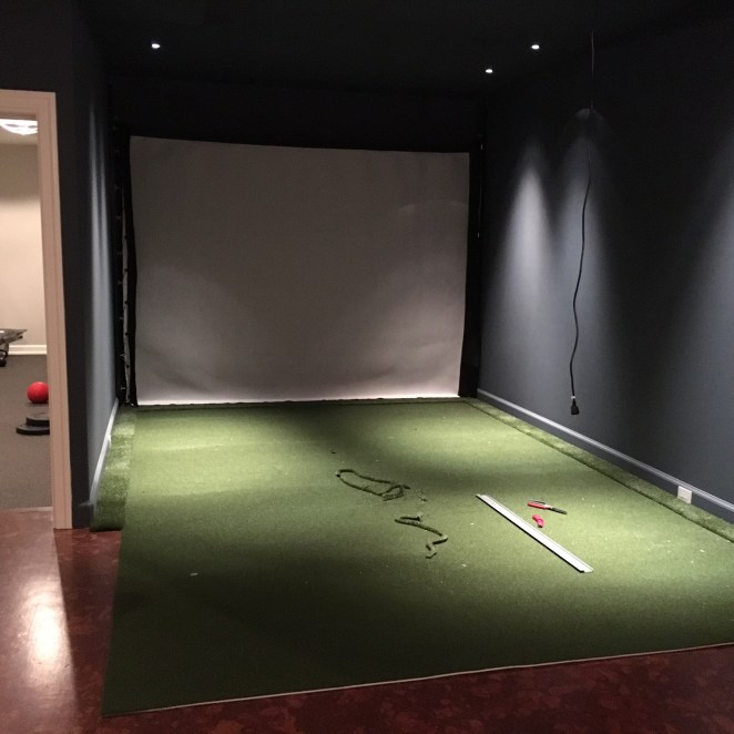 Layout the Quick & True Putting Turf and Real Feel Fringe