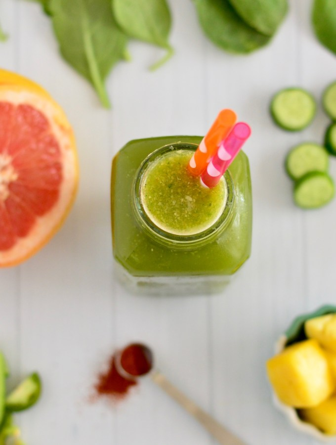 Sweet & Spicy Green Juice with Pineapple, Grapefruit & Cucumber