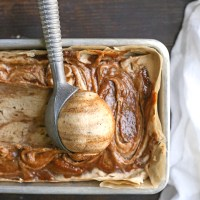 Paleo Vegan Cinnamon Roll Ice Cream