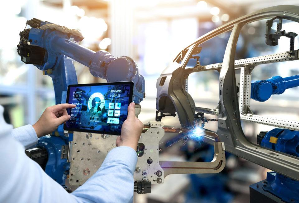 【製造業でもリモートワークは可能】課題と解決方法を事例とともに解説