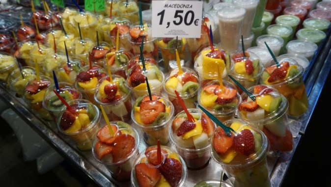 Fresh fruit cups (I got 1 of these to munch while wandering around)