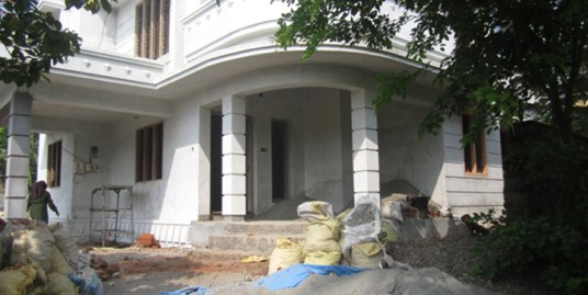 LAND AND HOUSE FOR SALE AT ALATHUR, PALAGHAT DIST