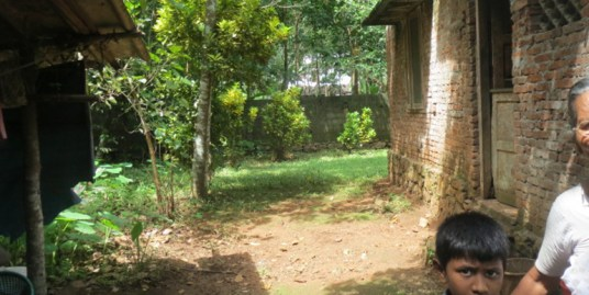 Land and house for sale at Pathanamthitta