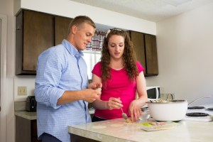 couple-kitchen-cooking-1008500-gallery